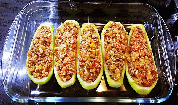 Gefüllte Zucchini - Kıyma İçli Kabak