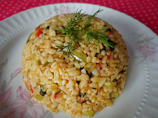 Photo of Bulgur mit Gemüse – Sebzeli Bulgur Pilavı