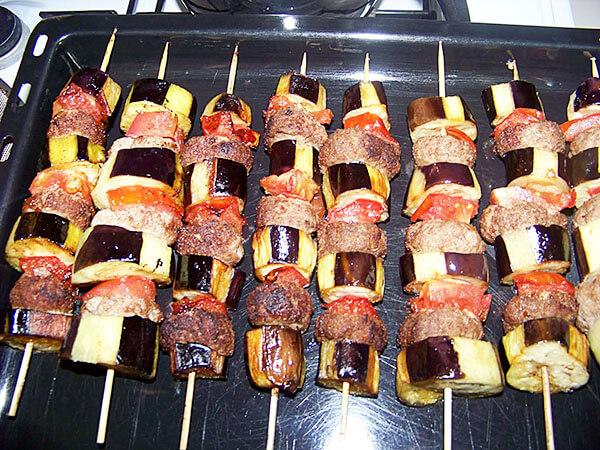 Photo of Kebabspieße mit Auberginen – Patlıcanlı Şiş Kebab