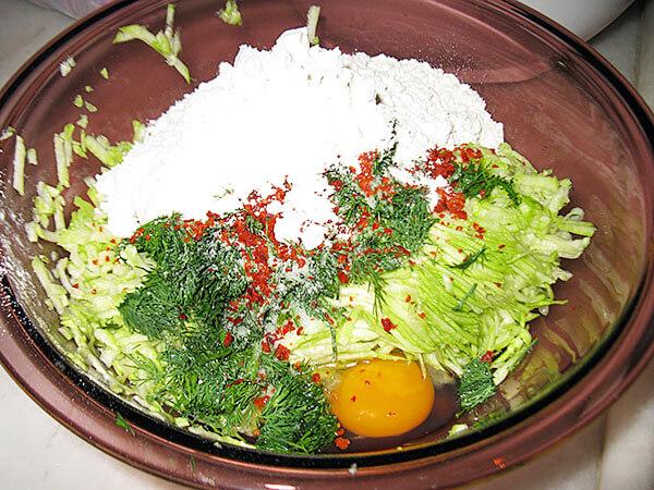 Zucchinipuffer - Kabak Mücver