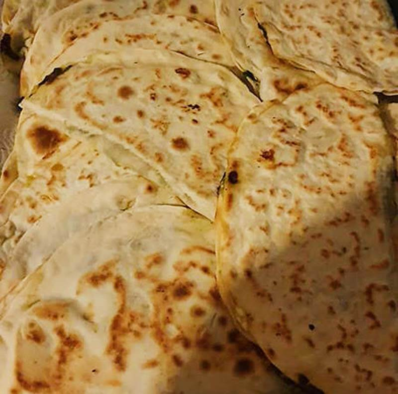Börek mit Spinat - Ispanaklı Çiğbörek