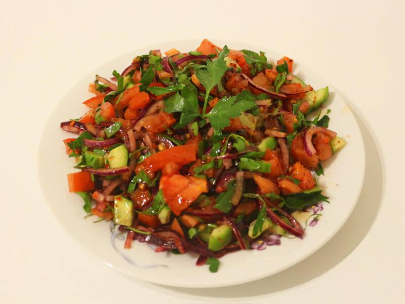 Tomatensalat mit Zwiebeln Einfaches Salat Rezept